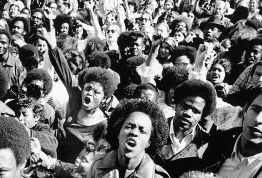 black-panthers-crowd-1000x679